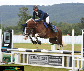 Oz Shotz sponsored rider, Merrick Ubank completed a fantastic round, riding Greenwood Blue Steel in the GeoPro Footing 80cm class on day eight of the AQUIS Champions Tour held at Elysian Fields in Queensland.