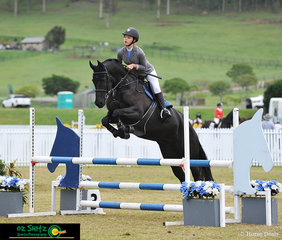 Starting in the GeoPro Footing 90cm class is Talia Pearce riding Dame Remi Wolverine on the eighth day of the 2019 Aquis Champions Tour.