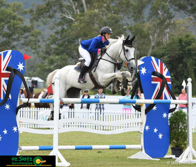 Jumping over the iconic Australian footwear, in the Young Rider Tour Final was Courtney Tincknell riding Screwdriver at the 2019 AQUIS Champions Tour.