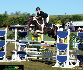 Catching the ride on CP Ellira owned by Tim Bowman was Paige Johnston, this combination competed at the AQUIS Champions Tour and qualified to jump in the Junior Tour Final.