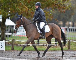 "Claire McDermott in the EvA95 Section A riding ""Kohdale Vindigo"""