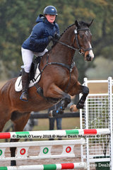 """Nicky Paxton in the EvA 80 Section A showjumping riding """"Winston"""""""