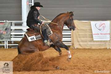 Kim Grosso rode DC Caddilac Jack to win the Open Senior Horse Ranch Reining.