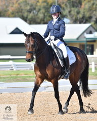 Lauren Braniff is pictured aboard her pony, 'Allengreen Medallist' during the Medium 4A test.