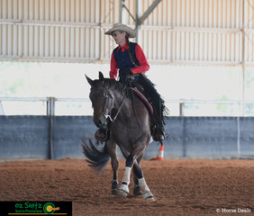 Performing a beautiful set of spins in the Novice Horse class was Leonie Elliott and her horse QXH Smart Like Chisum.