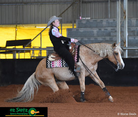 Travelling up from New South Wales for the show, Charlotte Callinan and her horse Topsail Wimpy prove thier skills in Reining in the Green Rider Level 1 and Level 2 class.