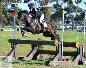 Isabel Houghton, fresh from a George Morris jumping clinic posted one of just three  Horseware Australia CCI3* cross country rounds riding her Diarado gelding, 'Tulara Diarangol' The effort saw them move from 28th place to fourth heading in to the jumping phase tomorrow.