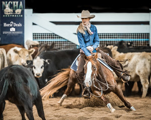 Jasmine Shumack and 'Fair Lady Flash' with a stunning 221pt run win the Senior Youth tile in Jasmine's last eligible year in this class