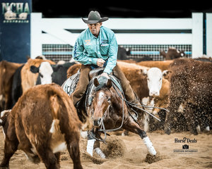 Corey Holden nd 'Garteralicious' in the final of the SDP Buffalo Ranch Open Futurity