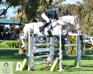 Jess Somerfield and her Royal Hit gelding, 'Lakeview Albion' took third place in the Horseware Australia CCI3*-L.