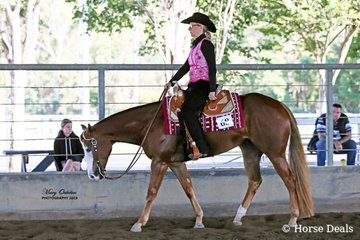 Kerry Behrendt & APQ Sent By Chance were the winners of the Select Amateur Western Pleasure
