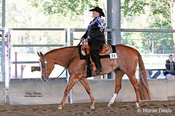 Leanne Bartlett showed YB Ima Good Fantasy to the buckle for High Point Junior Horse of the show
