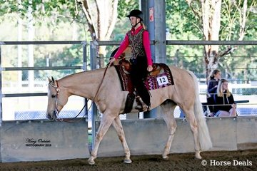 The High Point Junior Youth buckle went to Alyssa Dinnage riding SSQ Gold Medal Seeker