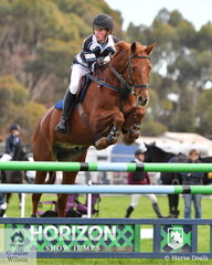 Clancy Grant from Ivanhoe Grammar School rode 'I Reckon 'in the Level 7 Stars Art. 238.2.1.