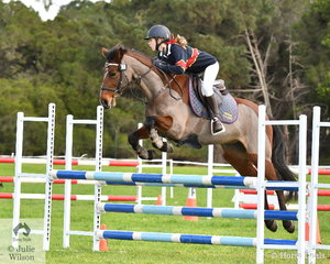 Monique Dewsnap from Toorak College rode 'Phoenician Oakley' to fifth place in the Level 4 Progressive Grand Prix.