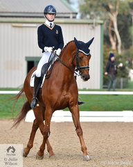 Successful young rider, Jazi French representing Peninsular Grammar rode her, 'Florinzz' to win the Medium 4C.