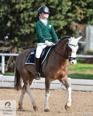 Shayleigh Joblin representing  Geelong College won the Preliminary Primary 1C riding her charming Welsh pony, 'Arielen Bentley'.