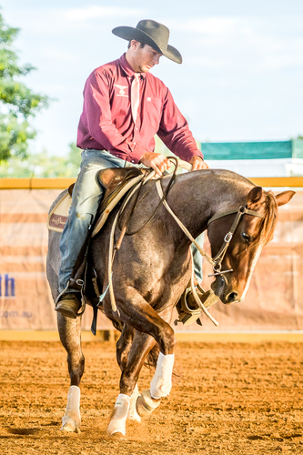Scarlet Chisum and Des Burns -Champions of the MAGS Droughtmasters Horse Of The North Classic Challenge