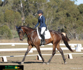 Bella Anthony and Cil Dara Oscar complete the dressage phase of the Junior EvA95 with ease at the Warwick Horse Trials.