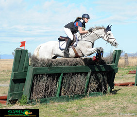 Focused on success in the Cross Country course was Anna Jarvis in the 2 Star and her horse Cullendore Trigger.