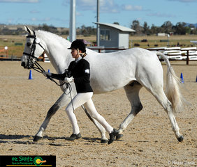 Completing a beautiful workout with a synchronised trot was Eloise Clare from Abbotsleigh and her horse Byalee Mist.