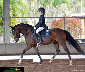 In between organising the event, Mia Doogues mum got to watch her daughter ride Delon Park Hilkens Shadow in the Primary Novice Dressage at Marybrough in the Queensland State Interschool Championships.