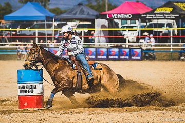 Katie Vohland from Walkamin on the Atherton Tablelands and One Buckalena (aka Swagger) on fire in round 2 of the Open Ladies Barrels coming home with a time of 18.137 giving her an aggregate of 36.93 for the weekend