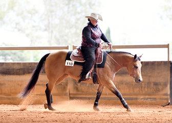 Leanne Bartlett riding I'm O So Genetically Sleek in Junior Horse reining