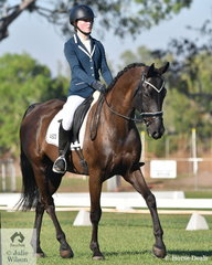 Amy Fisher rode Adloo Rosinante to second place in the Elementary 3C.