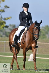 Successful local rider and trainer, Juanita Porter rode her Lemracs Lucifer to third place in the Elementary 3C.