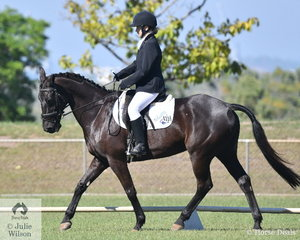 Jasmine Banner rode Larche Lucifer to win the Medium 4C and 4B.