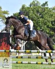 Jasmine Banner rode Larche Lucifer to 2nd place in the 80cm 2 round Championship.
