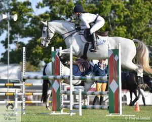 Isla McDonald riding Retak Avatar took 2nd place in the Open 2 round Championship.
