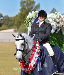 "Small Hunter Champion ""HP Platinum"" and Jayne Unterweger."
