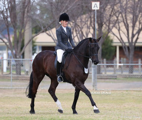 "Small Hunter Hack Champion ""Araluen Motown"" and Abbie Dennis."
