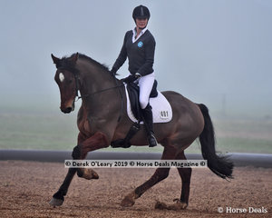 Cookies and Cream ridden by Gail Allingham in the Level 4 representing Whittlesea ARC