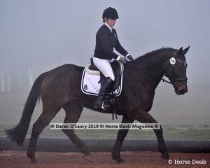 "Natalie Waters rode ""CC WINTON"" through the heavy fog in the Level 4 representing Bendigo Family ARC"