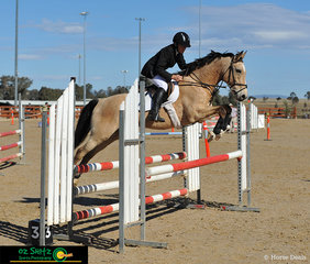 Knees up for Prue Stewart and Ottaba Calimanco in the EvA95 Open Showjumping round on Saturday at AELEC for the Tamworth CCI ODE