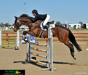 Claudia Fuerschke and Hathras soak up the Tamworth sun on the final day of the Tamworth One Day Event held at AELEC during their CCN1* Show Jumping round.