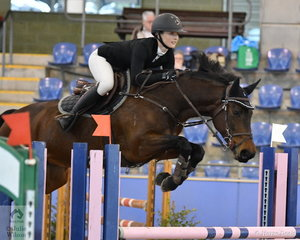 Jamie Priestley riding Oaks Diamantina placed fifth in the Suzie and Pip Middleton 1.25 for horses 7 years old one round event.