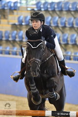 Alyssa Ho and Equador MVNZ look good during their round in the Antares Australia 1.30-1.35m Open Art.238 2.1.