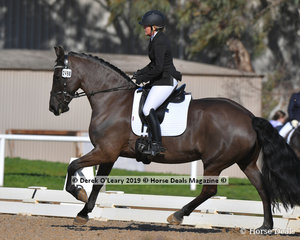 Snow White of Ebony Park ridden Stacey Willis placed 5th in the Novice 2B with a score of 68.530%