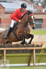 Strathalbyn Hunt Club MFH, Mark Bruggemann rode 'Bronte' to win the class for Gentleman's Hunter.