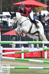 Bridget Berry (formerly Hansen) jumped a good first round clear in the Fielder's Roofing Mini Prix today riding her, 'Turn It Blue NZPH'.