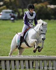 """Eva Robinson from Upper Beaconsfield placed equal 5th in the Grade 4 Section 5 riding """"Phoenix"""""""