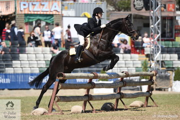 Ruby Marantelli representing the Oaklands Hunt Club was first to jump in the Noel Mason Memorial Hunters' Plate on the final day of the 2019 Royal Melbourne Show riding Michelle Albrecht's, 'Mediaval Magic'.