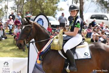 Hannah Wigg from Victoria rode Clifton Court Luxardo to take out the Senior Showjumping Championship.