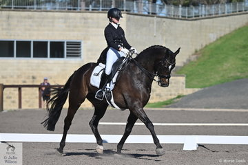 Danielle Keogh riding her Welfadon finished mid field in the IRT FEI Prix St Georges with a score of 66.70%.