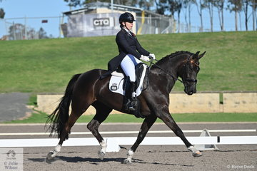 Eliza Cullen riding her own Dobria De Jeu took 15th place in the IRT FEI Prix St Georges with a score of 66.70%.