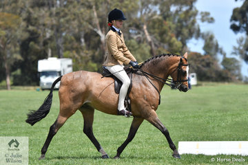 Zoe Weinberg rode Laura Pankhurst's, 'Beauparc Attitude' to take out the Child's Large Show Hunter Pony Championship.
